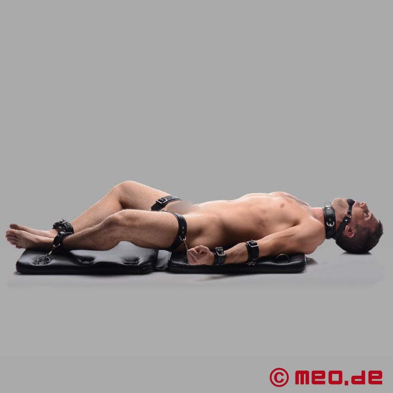 Bondage Bett